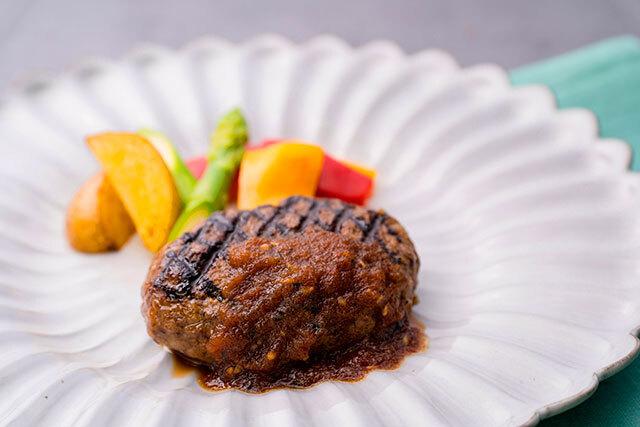 黒毛和牛グリルハンバーグステーキセット